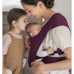 Ergobaby Embrace Burgundy Babytrage